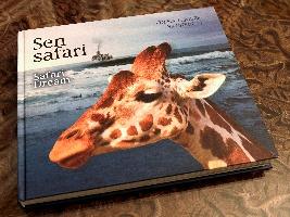 Dcera Josefa Vágnera představila v Safari Parku Dvůr Králové nové vydání knihy Sen safari. Foto (c) Safaripark Dvlůr Králové
