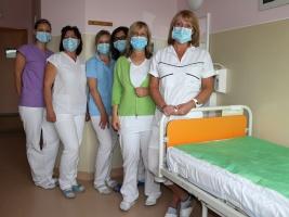 Hlavní sestra Jana Holanová - zaměstnanci dvorské nemocnice se semkli a byli skvělí. Foto (c) Michal Súkup