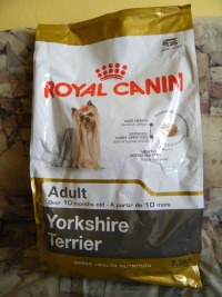 Royal Canin Adult - pro pejsky nad 10 měsíců