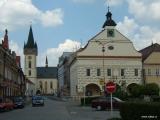 Kostel a radnice ve Dvoře Králové nad Labem