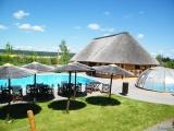 Bazén, vířivka a sociální zařízení Safari Kempu