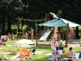 Dětské hřiště u brouzdaliště na Tyršově koupališti ve Dvoře Králové nad Labem