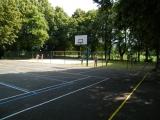 Basketbalové hřiště na Tyršově koupališti ve Dvoře Králové nad Labem