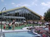 Rekreační bazén s hydromasážemi
