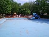 Vnější dětský bazén s hracími prvky a tobogán Had